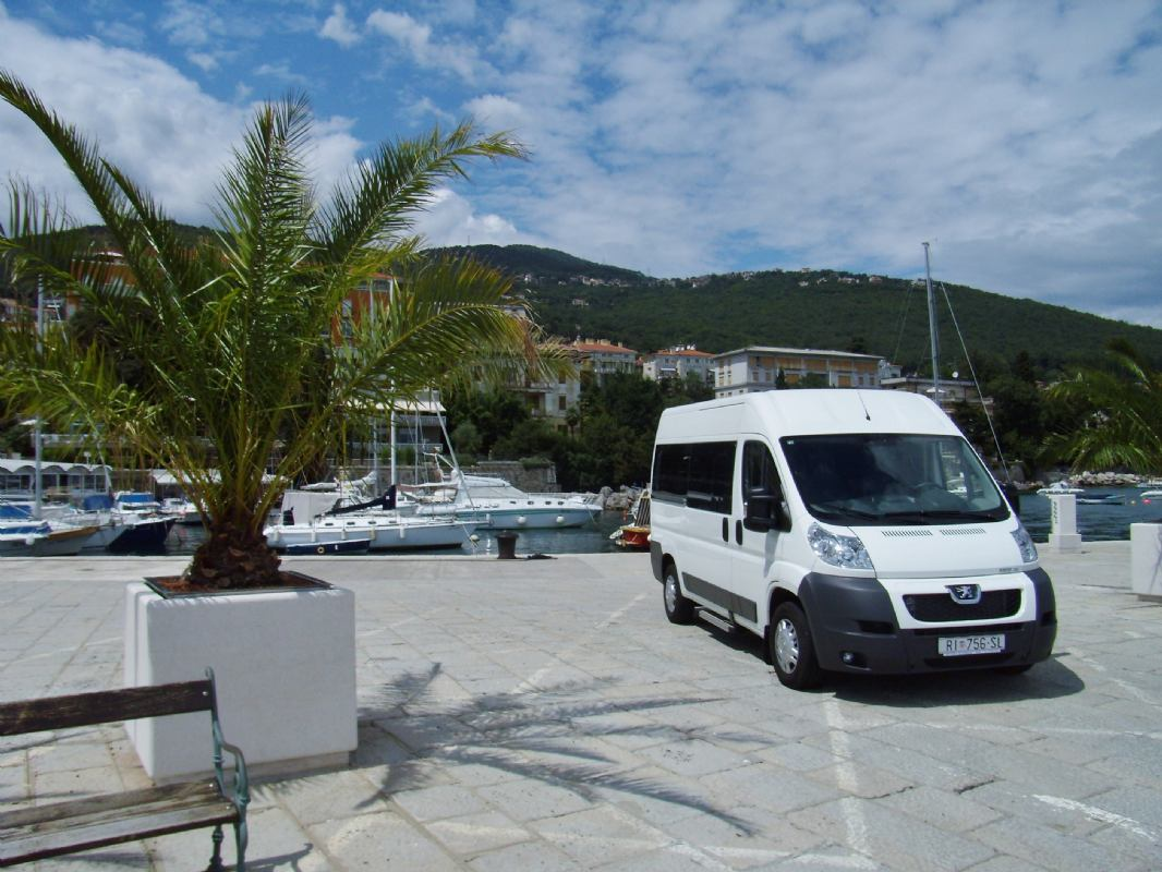 Shuttle transfer Croatia